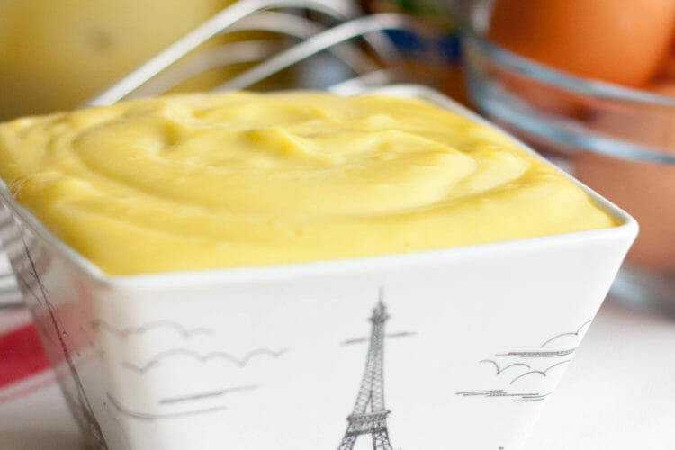 Homemade French Mayonnaise for beginner chefs